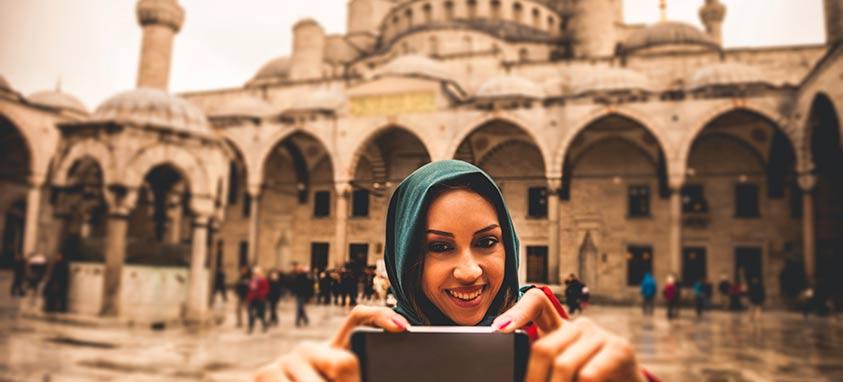https: img-o.okeinfo.net content 2018 03 11 406 1871037 fasilitas-ibadah-makin-diperhatikan-demi-tingkatkan-wisata-halal-kQiWy972MC.jpg