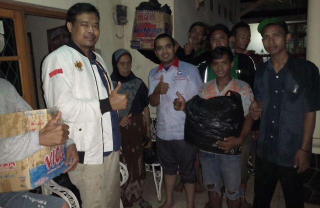 https: img-o.okeinfo.net content 2018 03 12 525 1871774 perindo-cirebon-salurkan-bantuan-kepada-korban-banjir-qONdg9fQ5q.jpg