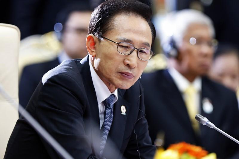 https: img-o.okeinfo.net content 2018 03 14 18 1872477 mantan-presiden-korsel-lee-myung-bak-diperiksa-terkait-kasus-korupsi-3iQp9XhwjN.jpg