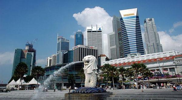 https: img-o.okeinfo.net content 2018 03 14 406 1872760 2-juta-lebih-wisatawan-indonesia-berlibur-ke-singapura-jW3rHOxeDK.jpg