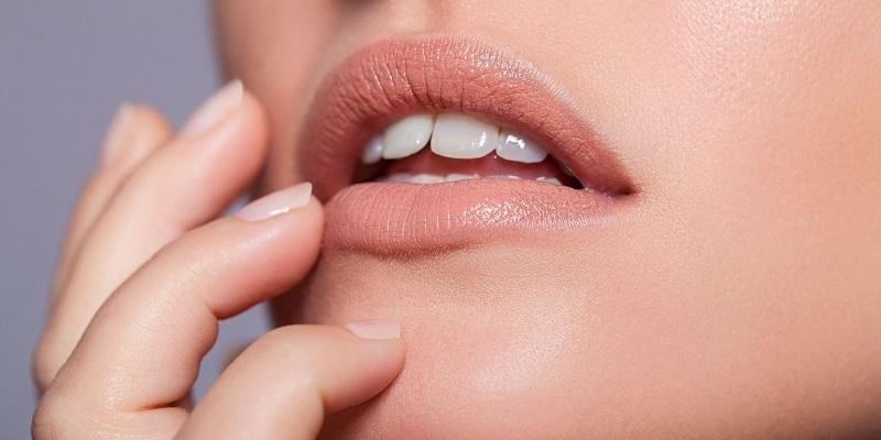 https: img-o.okeinfo.net content 2018 03 16 194 1873712 ternyataa-perempuan-indonesia-suka-lipstik-warna-alami-bibir-UphZEswYsB.jpg