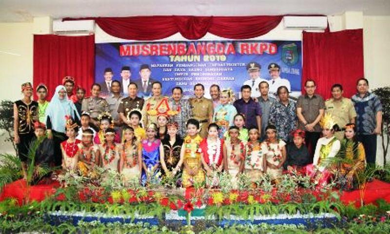 https: img-o.okeinfo.net content 2018 03 29 340 1879583 gelar-musrenbang-kabupaten-pasangkayu-targetkan-pertumbuhan-ekonomi-meningkat-qFxnru0odP.jpeg