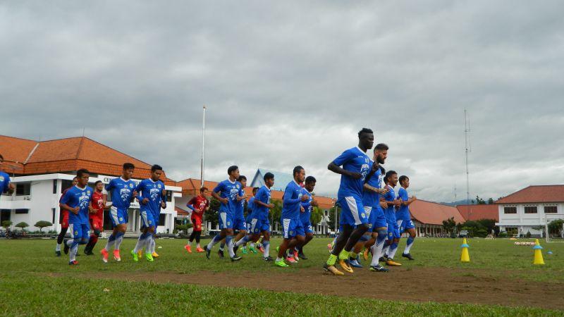 Persija Menanti Persib Bandung