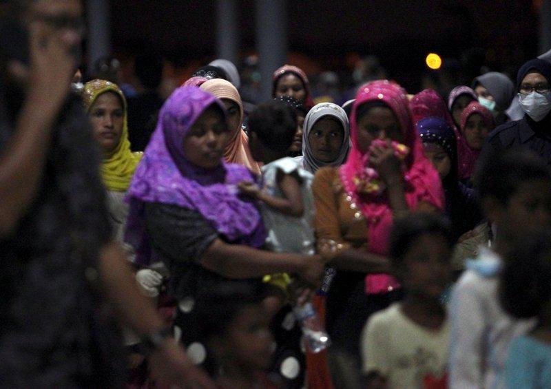https: img-o.okeinfo.net content 2018 04 15 18 1886856 perempuan-rohingya-sengaja-dijadikan-korban-kekerasan-seksual-tentara-myanmar-3tcHuibc2J.JPG