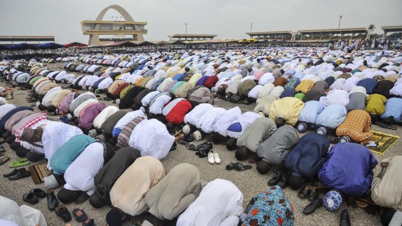 https: img-o.okeinfo.net content 2018 04 16 18 1887064 tekan-kebisingan-ghana-akan-minta-masjid-dan-gereja-panggil-jemaat-via-whatsapp-ciZ2M4ju3x.jpg