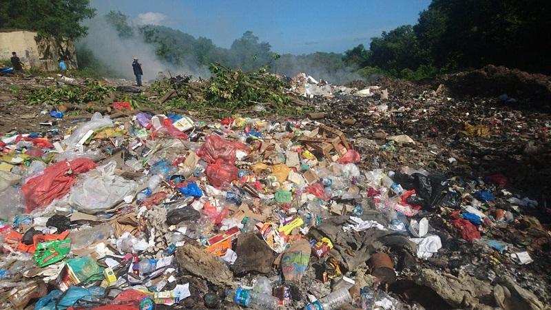 https: img-o.okeinfo.net content 2018 04 16 406 1887167 sampah-di-taman-nasional-komodo-sudah-mulai-terkendali-cQVlaHqnrw.jpg