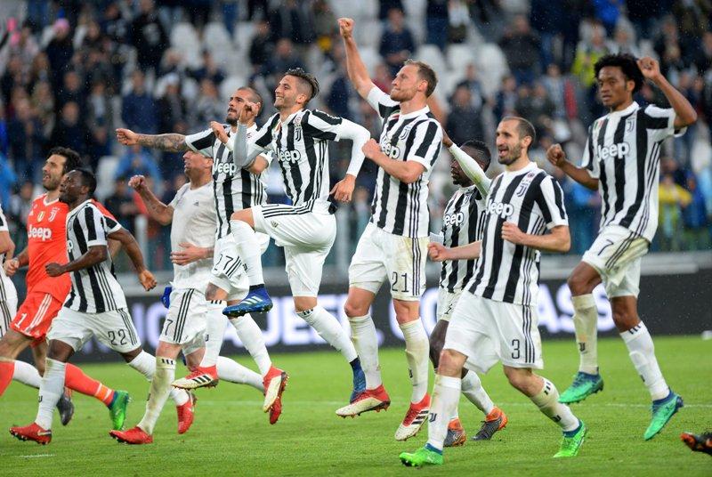 https: img-o.okeinfo.net content 2018 04 16 47 1887004 juventus-lumat-sampdoria-tiga-gol-tanpa-balas-ImBMWe0aM6.JPG