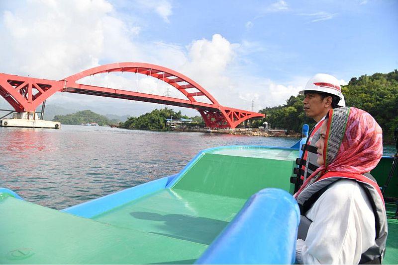 https: img-o.okeinfo.net content 2018 04 17 320 1887689 jembatan-kalikuto-senilai-rp50-miliar-jadi-ikon-tol-batang-semarang-9J5EVq34iG.jpg