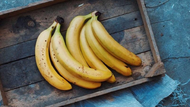 https: img-o.okeinfo.net content 2018 04 17 481 1887628 bahaya-makan-pisang-saat-perut-kosong-ini-dampaknya-nRmhTg2YqX.jpg