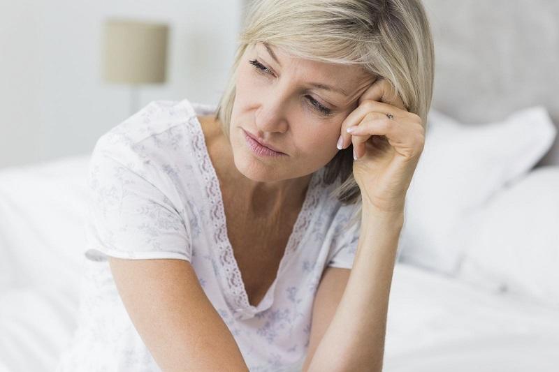 https: img-o.okeinfo.net content 2018 04 20 481 1889273 fase-menopause-waspada-penyakit-alzheimer-dan-autoimun-Fm34CE6ySg.jpg