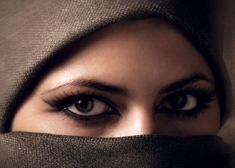 https: img-o.okeinfo.net content 2018 04 23 196 1890480 cerita-cerita-lucu-tentang-mualaf-amerika-yang-baru-masuk-islam-jxYzMICEAE.jpg