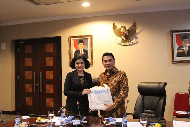 https: img-o.okeinfo.net content 2018 04 25 337 1891139 lembaga-lembaga-pbb-puji-komitmen-indonesia-jalankan-tujuan-pembangunan-berkelanjutan-MCpcFz52rO.jpg