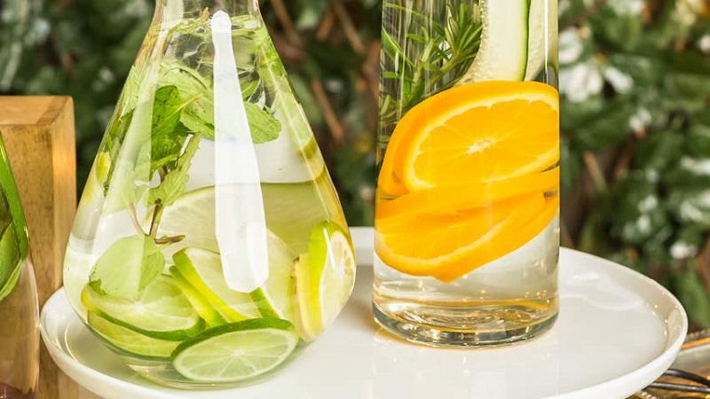 Ilustrasi infused water (Foto: Shutterstock)