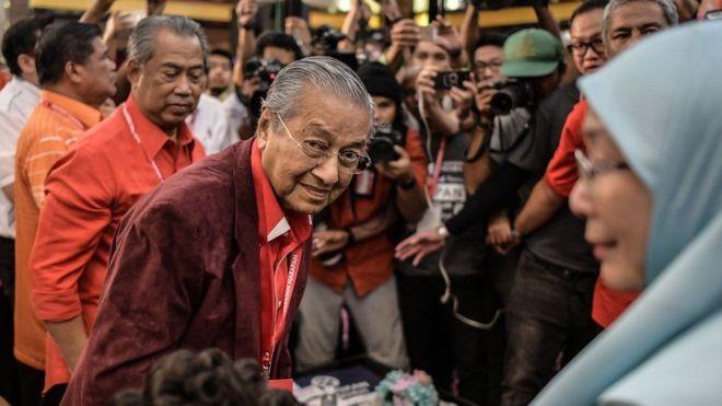 https: img-o.okeinfo.net content 2018 05 04 18 1894434 jelang-pemilu-malaysia-mahathir-diselidiki-karena-dituduh-sebar-hoax-ILgjf6OSs9.jpg