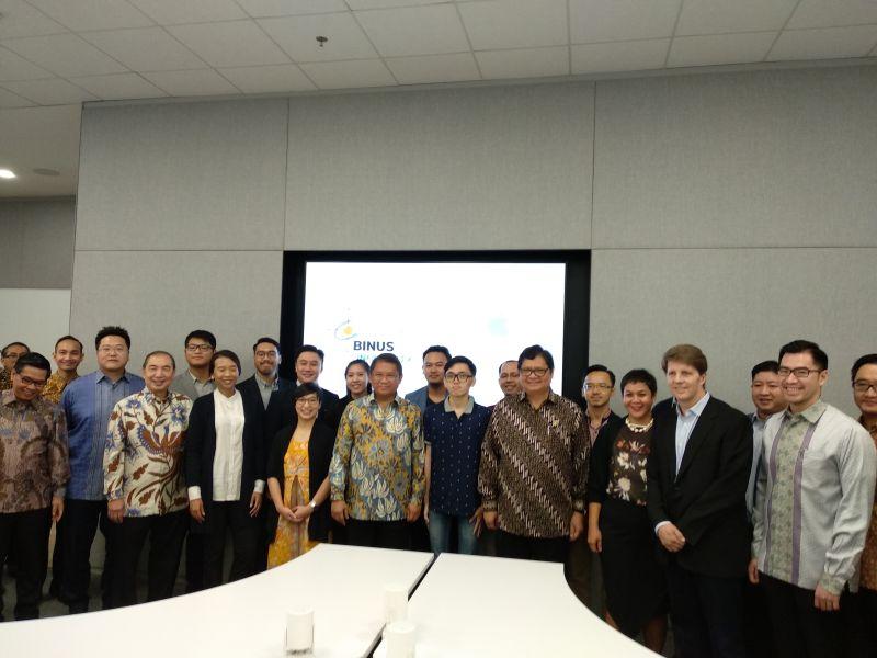 https: img-o.okeinfo.net content 2018 05 07 207 1895425 apple-buka-developer-academy-di-indonesia-untuk-sistem-ios-pertama-di-asia-tenggara-K20ri0iizB.jpg