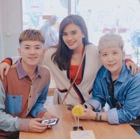 https: img-o.okeinfo.net content 2018 05 09 33 1896454 ubah-model-rambut-rafael-dan-rangga-smash-dikira-artis-korea-pMuyu6fgds.dib