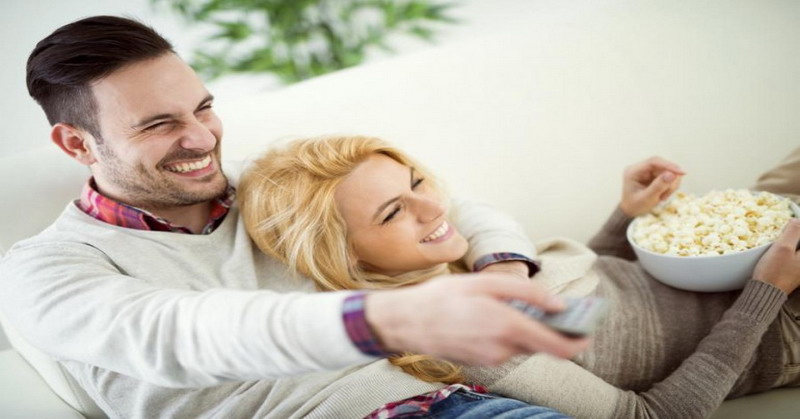 https: img-o.okeinfo.net content 2018 05 10 196 1896789 7-rekomendasi-film-sebelum-berhubungan-intim-yang-bikin-kamu-tambah-horny-nzwFwOciU4.jpg