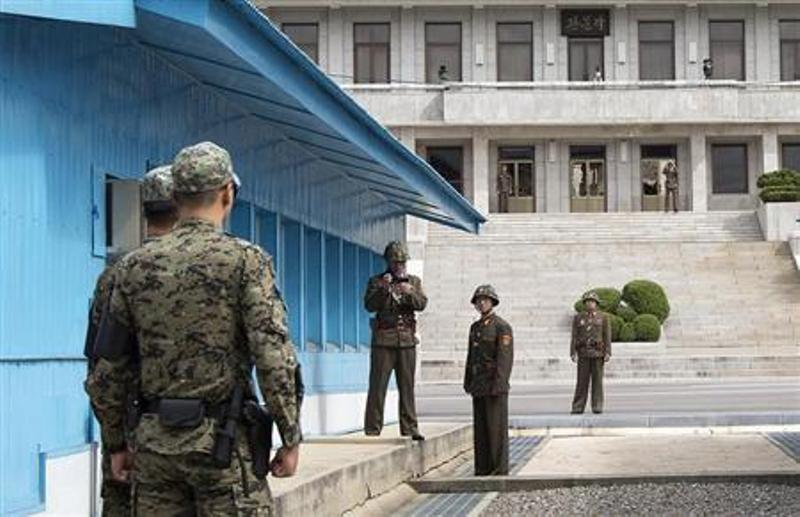 https: img-o.okeinfo.net content 2018 05 16 18 1898864 gara-gara-latihan-militer-korut-ancam-batalkan-pertemuan-trump-kim-jong-un-CLLPWtwYko.jpg