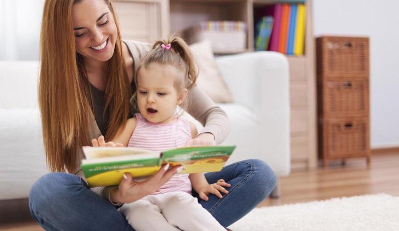 https: img-o.okeinfo.net content 2018 05 17 196 1899580 4-manfaat-baca-buku-bagi-anak-orangtua-milenial-wajib-tahu-5RockEseJf.jpg