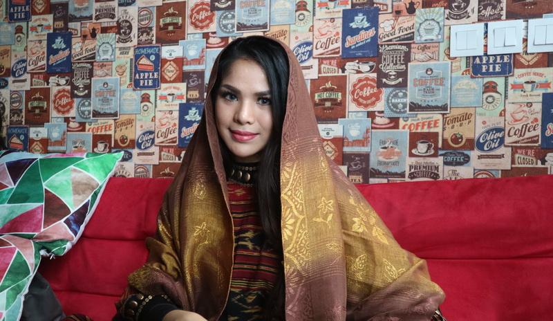 https: img-o.okeinfo.net content 2018 05 17 205 1899247 sambut-bulan-ramadan-jebolan-indonesian-idol-eksis-dengan-single-religi-0AKamKIrLS.jpg