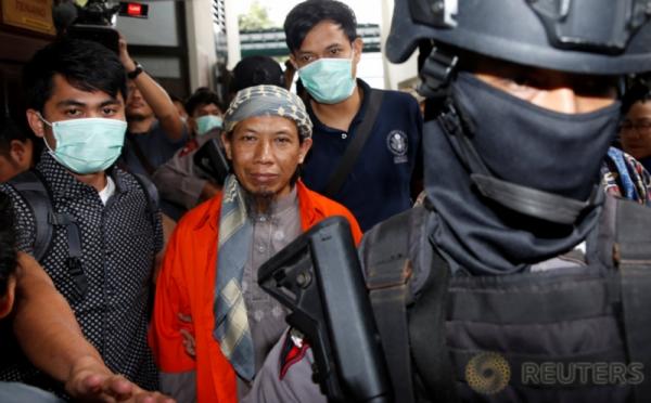 https: img-o.okeinfo.net content 2018 05 19 338 1900165 perjalanan-aman-abdurrahman-singa-tauhid-di-balik-aksi-teror-di-indonesia-hY7S3no5ZX.jpg