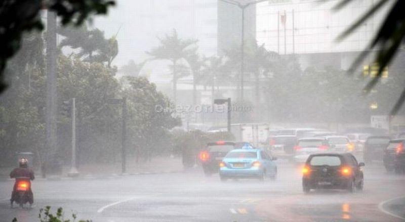 https: img-o.okeinfo.net content 2018 05 23 338 1901520 siang-hari-ibu-kota-akan-diguyur-hujan-px23jqEmm6.jpg