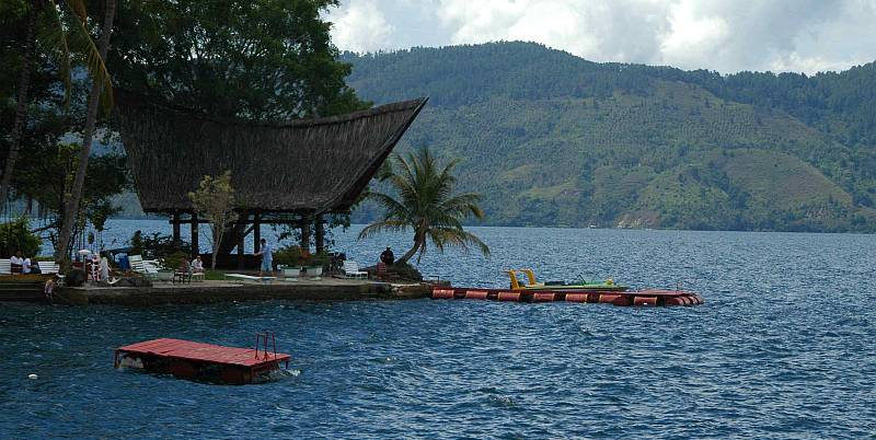 https: img-o.okeinfo.net content 2018 05 24 406 1902134 pesona-danau-toba-siap-menarik-wisatawan-asian-games-2018-IaP1XU3lqD.jpg
