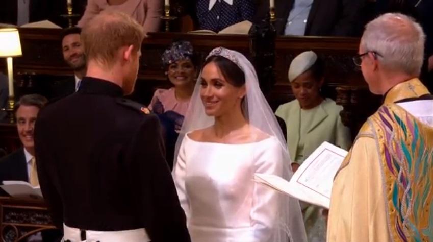 https: img-o.okeinfo.net content 2018 06 03 196 1905984 momentum-favorit-ibu-dari-meghan-markle-saat-royal-wedding-bikin-terharu-fOuYBahFzd.jpg