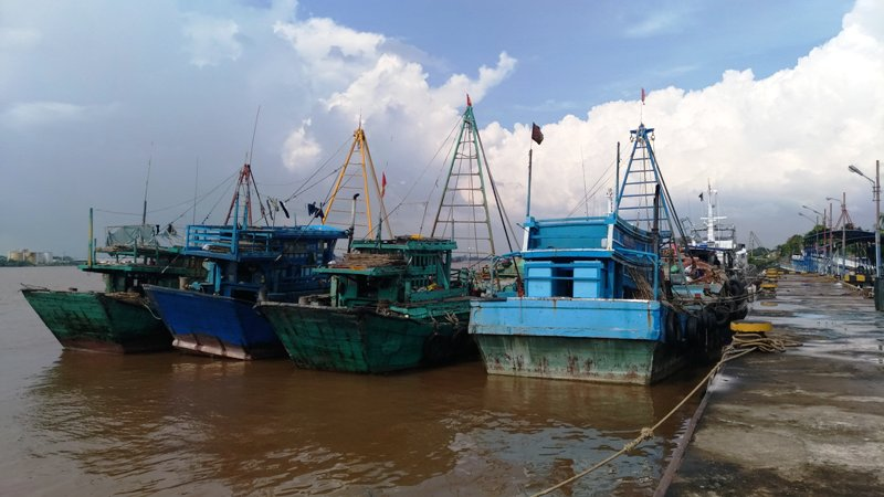 https: img-o.okeinfo.net content 2018 06 03 340 1905987 curi-ikan-di-perairan-indonesia-14-kapal-asal-vietnam-diamankan-zXpyyKbcu6.jpg