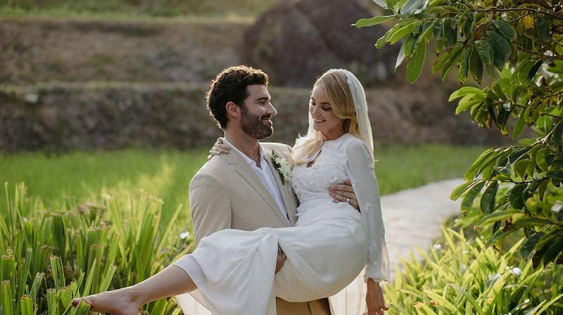 https: img-o.okeinfo.net content 2018 06 05 298 1906813 menikah-di-sumba-kakak-kendall-dan-kylie-jenner-suguhkan-kuliner-lokal-ini-DJKrLXI8FJ.jpg