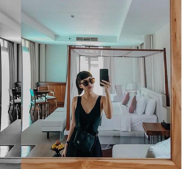 https: img-o.okeinfo.net content 2018 06 05 481 1906736 mudik-tetap-cantik-dan-stylish-ala-beauty-enthusiast-rachel-theresia-make-up-jangan-medok-A35uadonG7.jpg