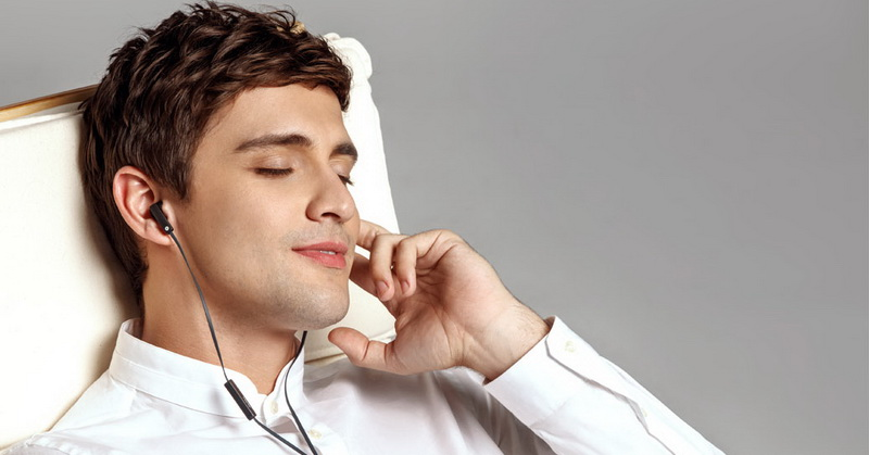 https: img-o.okeinfo.net content 2018 06 07 57 1907769 ini-durasi-aman-pakai-headset-agar-tak-merusak-telinga-W18N5l1Da3.jpg