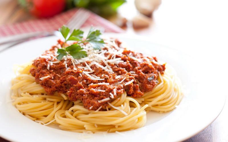 https: img-o.okeinfo.net content 2018 06 12 298 1909824 makan-pasta-ternyata-tak-bikin-gemuk-ini-penjelasan-ahli-0GxqsfFZQe.jpg
