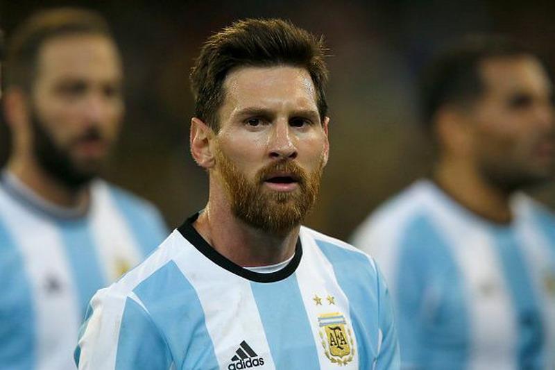 https: img-o.okeinfo.net content 2018 06 13 51 1910135 caballero-tegaskan-timnas-argentina-tak-bergantung-kepada-messi-CFJHULBXA6.jpg