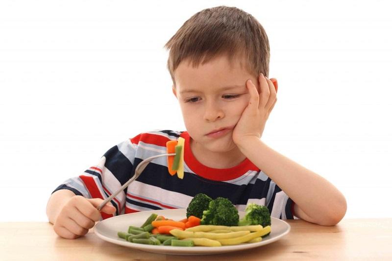 https: img-o.okeinfo.net content 2018 06 21 196 1912338 dihidangkan-salad-saat-makan-malam-bocah-ini-lapor-polisi-1FJCdfJcSR.jpg