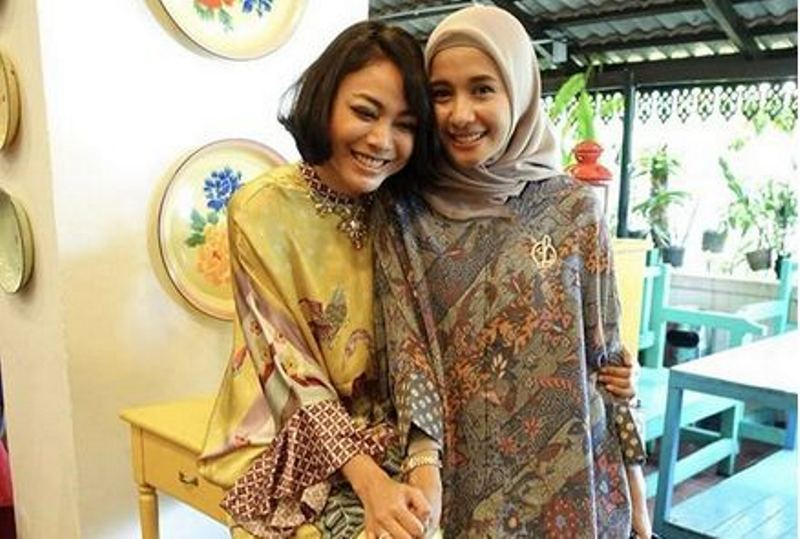 https: img-o.okeinfo.net content 2018 07 02 33 1916711 merasa-terasingkan-begini-curhatan-artis-yang-jadi-istri-orang-malaysia-9Fppvftz40.jpg