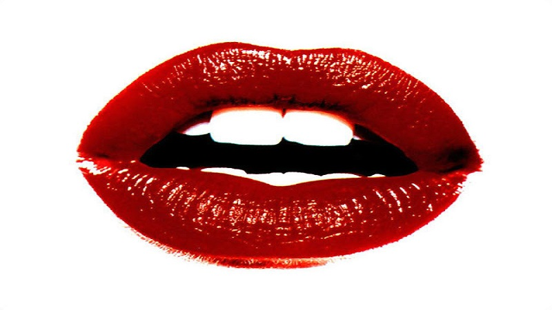 https: img-o.okeinfo.net content 2018 07 05 194 1918260 merahkan-bibir-kamu-dengan-bahan-alami-ini-MRJuBEEQDP.jpg