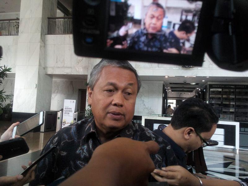 https: img-o.okeinfo.net content 2018 07 05 278 1918146 rupiah-rp14-400-usd-komisi-xi-bakal-panggil-gubernur-bi-perry-warjiyo-ydIDqIlnbd.jpg