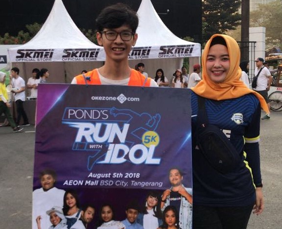 https: img-o.okeinfo.net content 2018 07 08 43 1919514 sosialisasi-okezone-run-with-idol-digelar-di-car-free-day-0iIx9aX9h1.jpg