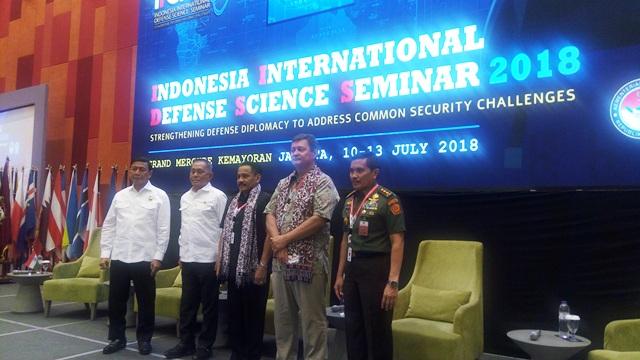 https: img-o.okeinfo.net content 2018 07 11 337 1921047 menhan-berharap-para-ulama-bantu-berantas-terorisme-di-indonesia-r3HlNlbU0c.jpg