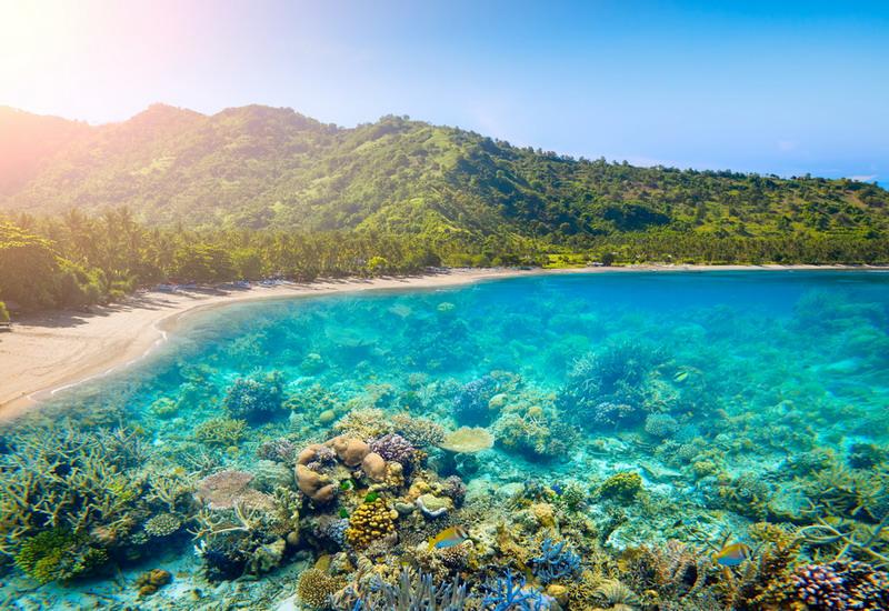 https: img-o.okeinfo.net content 2018 07 11 406 1920892 3-pulau-indonesia-dinobatkan-jadi-yang-terbaik-di-dunia-kalahkan-maladewa-dan-selandia-baru-xPuw9zNUln.jpg