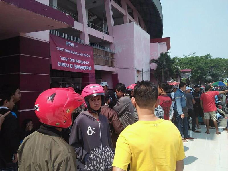 https: img-o.okeinfo.net content 2018 07 11 51 1920848 sistem-penjualan-tiket-piala-aff-u-19-2018-kena-kritik-suporter-indonesia-OWtcdZD1ip.jpg