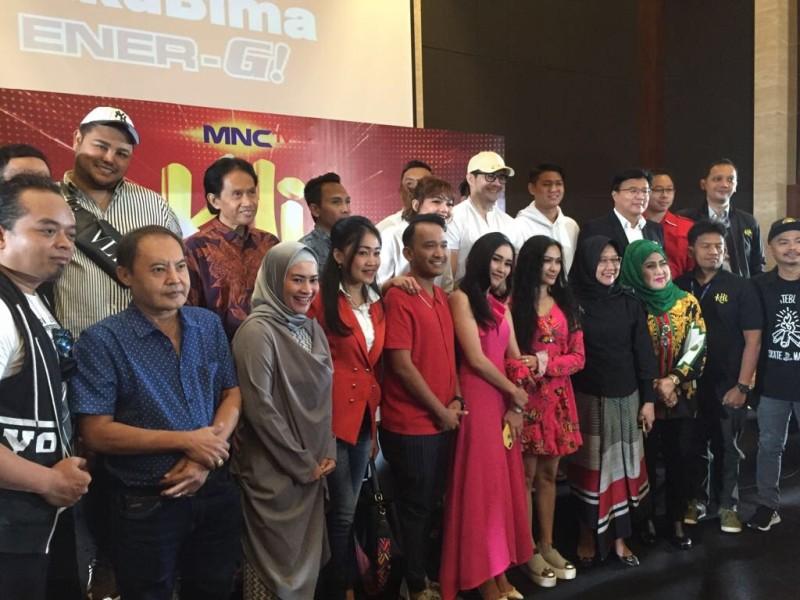 https: img-o.okeinfo.net content 2018 07 11 598 1920894 kontes-dangdut-indonesia-kdi-siap-hadir-di-mnctv-XiXnnY5M6m.jpg