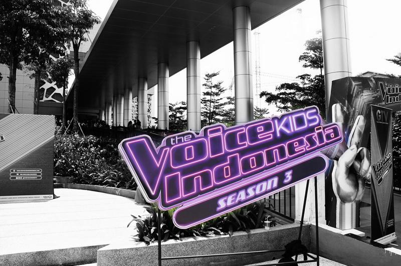 https: img-o.okeinfo.net content 2018 07 12 205 1921423 13-peserta-blind-audition-the-voice-kids-indonesia-siap-ciptakan-keseruan-di-episode-3-Ti7x2ucxHI.jpg
