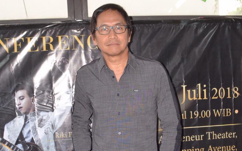https: img-o.okeinfo.net content 2018 07 13 205 1922032 tak-pandang-bulu-ini-alasan-addie-ms-tampil-di-bangkit-musik-indonesia-sokAvniBY4.jpg