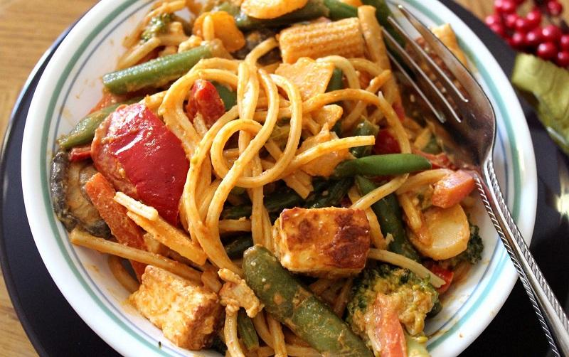 https: img-o.okeinfo.net content 2018 07 13 298 1922071 spaghetti-saus-kari-menu-makan-malam-praktis-usir-perut-keroncongan-WODccm7qwi.jpg