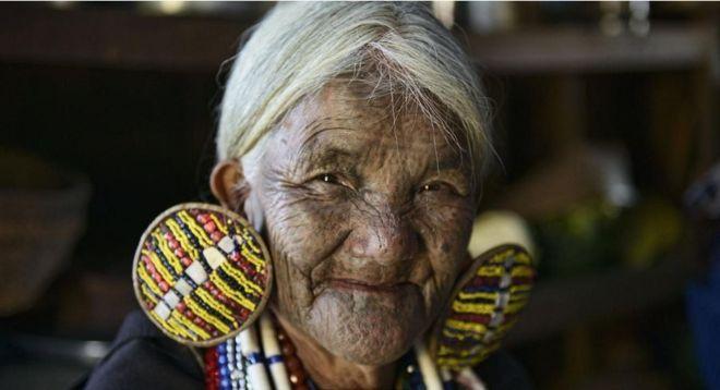 https: img-o.okeinfo.net content 2018 07 19 406 1924397 tradisi-mentato-wajah-perempuan-myanmar-yang-mulai-luntur-tergerus-zaman-sCEXglXGt6.jpg