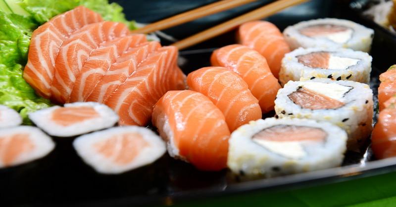 https: img-o.okeinfo.net content 2018 07 21 298 1925414 bikin-sushi-tidak-sulit-jajal-resep-ini-8IjOtIM7em.jpg