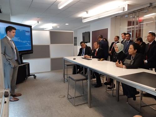 https: img-o.okeinfo.net content 2018 07 25 320 1927089 menteri-rini-rayu-investor-as-untuk-investasi-di-7-sektor-frPemXwYAU.jpg