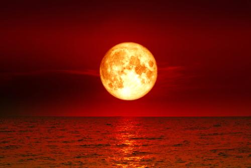 https: img-o.okeinfo.net content 2018 07 27 56 1928299 bmkg-gerhana-bulan-total-berpotensi-tingkatkan-gelombang-air-laut-4weLgvupRQ.jpg